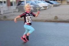 wordt dit de nieuwe marathon winnares? ... dochtertje van Alieke Hogenboom